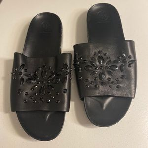 Tory Burch black slide sandals 10M